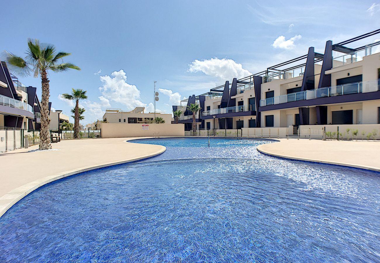 Appartement in Pilar de la Horadada - Playa Elisa Apartment @ Mil Palmeras